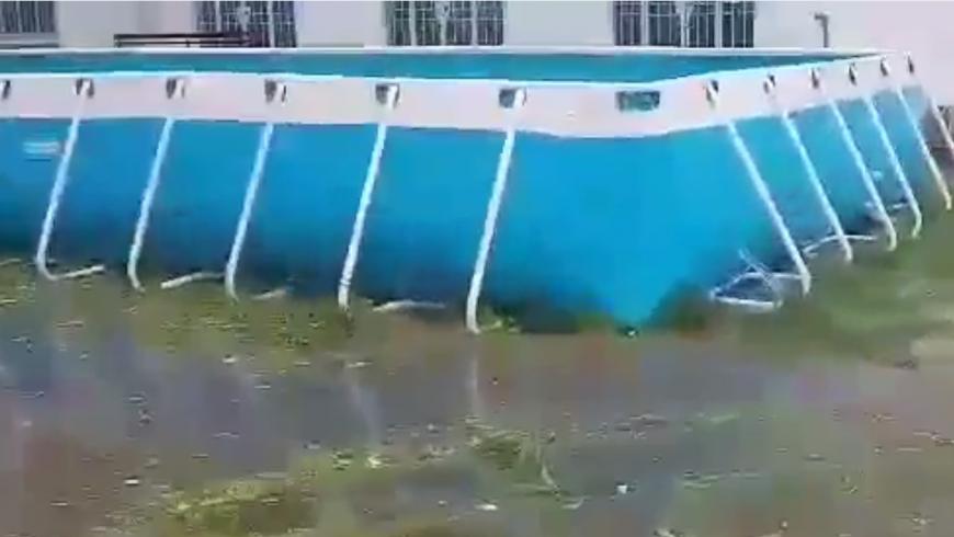 Hồ bơi Hoàng Hải vẫn đứng vững trong cơn bão Damrey tại Khánh Hòa